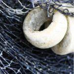 detaljbild från förpackning på fiskenät, Den Goda Lutfisken.