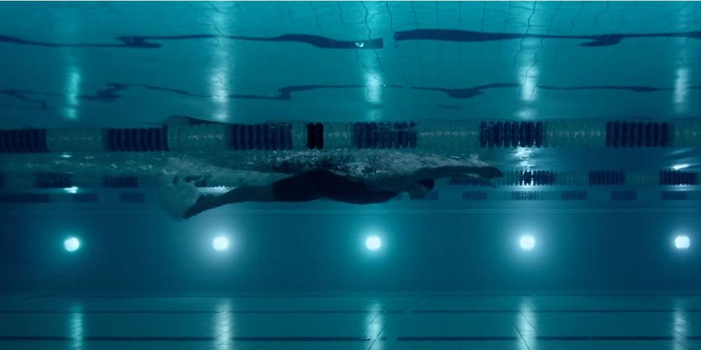 Bild från reklam inför OS i Rio med simmerskan Sarah Sjöström